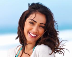 Uśmiechnięta kobieta.
